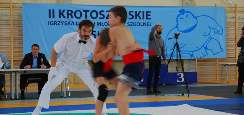 Dzieci i młodzież na dohyo w II igrzyskach